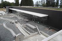 Vodní dům v Hulicích by měl začít sloužit veřejnosti ještě na sklonku letošního roku.