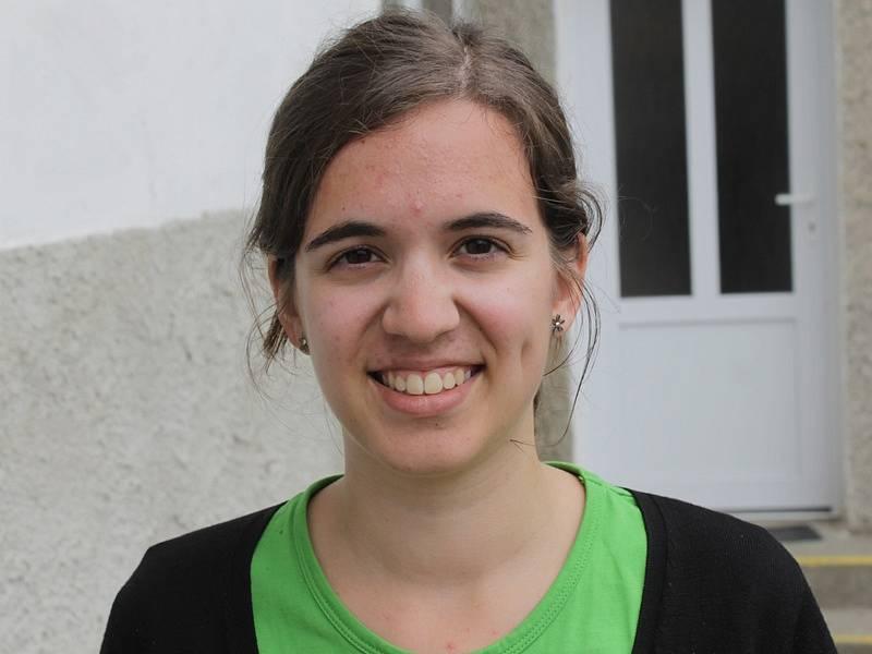 Zahraniční dobrovolníci při návštěvě miličínské základní školy - Irene Medina, Španělsko.