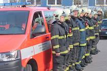 RZA Volkswagen s tříčlennou hasičskou jednotkou je od středy zařazený do ostrých výjezdů.