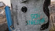 Jednou z obcí, která vsadila na moderní technologie je i Střezimíř. Čipy na popelnicích má ušetřit peníze, protože povedou i k důslednějšímu třídění odpadu.