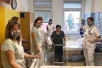 Momentka z práce Rehabilitačního oddělení Nemocnice Rudolfa a Stefanie v Benešov.