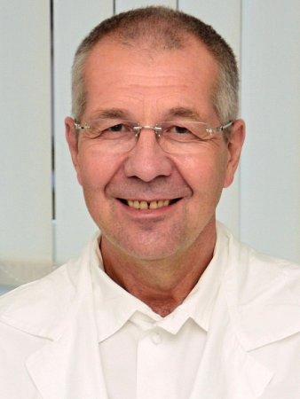 František Rousek.