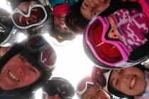 Fotostřípky z lyžařského výcviku v Krkonoších.