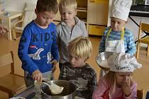 Dětské vaření ve školce MiniSvět v Mrači.