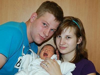 Renata a Václav Čandovi se 11. prosince ve 21.58 stali rodiči prvorozené dcera Violy. Při příchodu na tento svět vážila 3,30 kilogramu a měřila 50 centimetrů. Doma bude v Křečovicích.