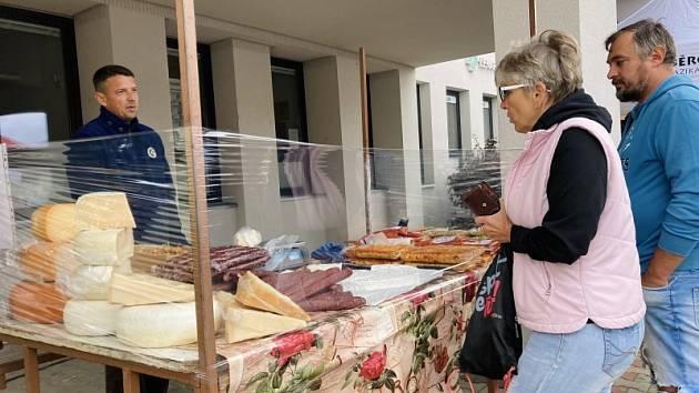 Farmářský trh v Bystřici.