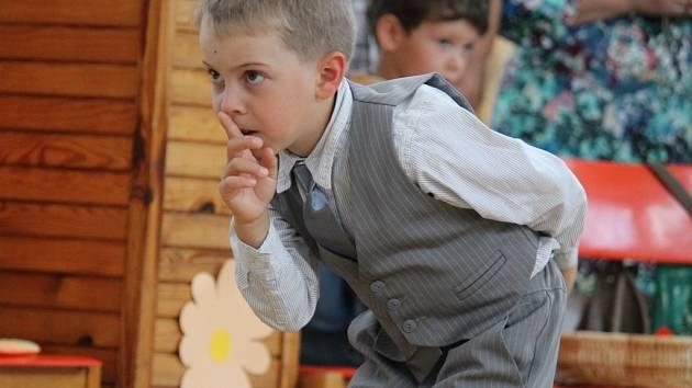 Pasování dětí na školáky se konalo v Dolních Kralovicích už počtrnácté.