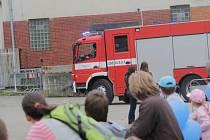 Z Dne prevence v Benešově museli hasiči ve službě odjet k nehodě autobusu na dálnici D1.