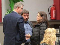 Mimořádná schůze benešovského zastupitelstva se konala večer před komunálními volbami.