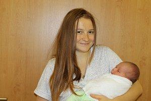 Gabriel je prvorozeným synem Eleny a Jiřího Piskačových. Po porodu ve čtvrtek 6. prosince 2018 v 16.49 vážil 4080 gramů a měřil 54 centimetrů. Rodina bydlí v Olbramovicích.
