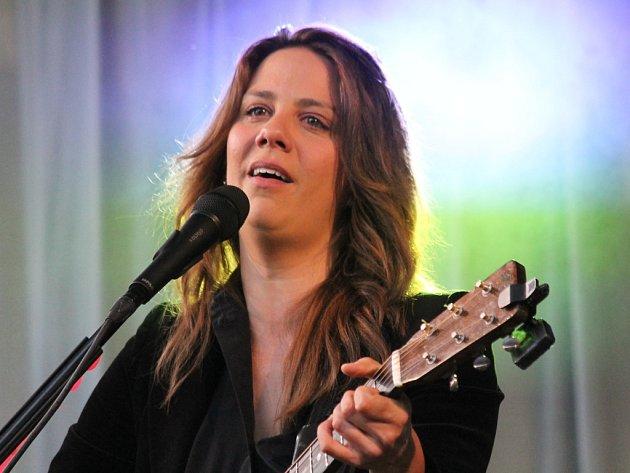 Aneta Langerová zpívala v Týnci nad Sázavou.