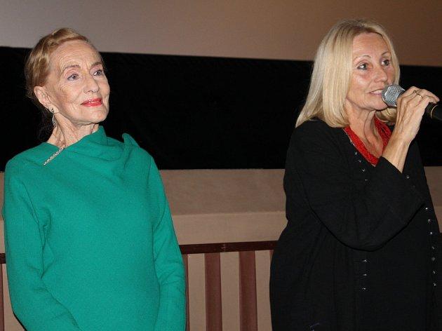 Projekce filmu Červená v benešovském kině 7. září.