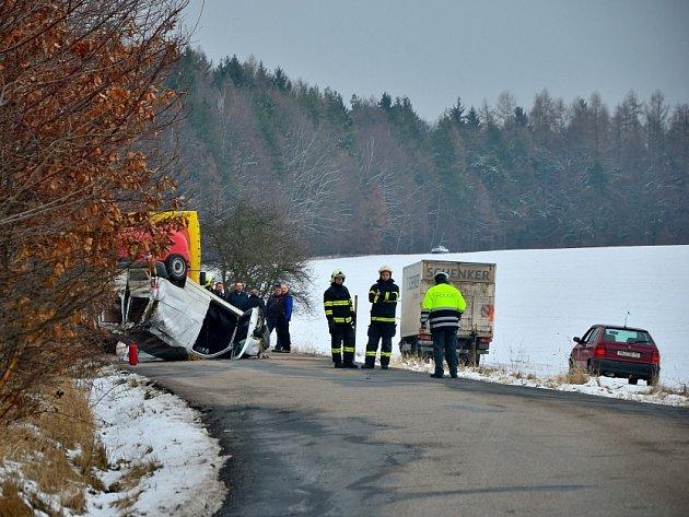 Dopravní nehoda u Choratic.