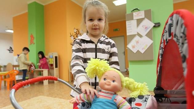Kapacita Mateřské školy v Jílovém u Prahy se už brzy rozšíří.
