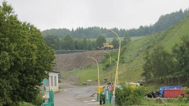 Kompostárnu postaví na pozemku u skládky komunálního odpadu.