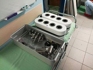 Nové přístroje poslouží ortopedickému oddělení v benešovské nemocnici