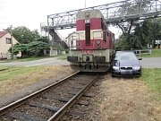V Čáslavi došlo ke střetu osobního vozidla s vlakovou soupravou.