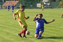 Votické béčko sice začalo špatně, dvakrát v úvodu inkasovalo, ale následně čtyřmi góly otočilo zápas se Zbraslavicemi.