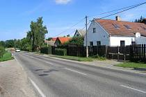 Silnice II/113 z Divišova do Vlašimi.