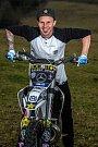 Libor Podmol, nejlepší český freestylový motokrosař ukazuje novou motorku.