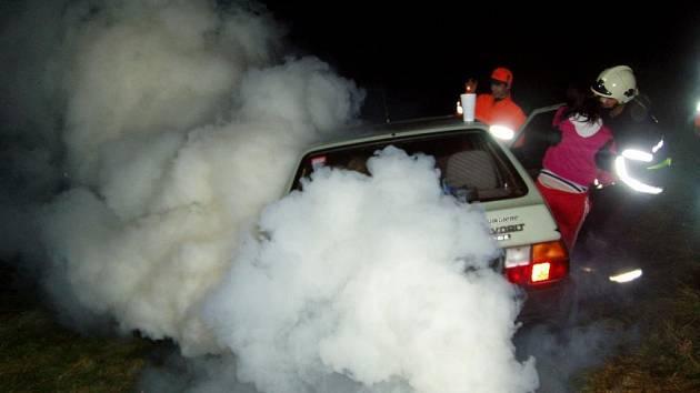 Simulace situací vyžadující zásah dobrovolných hasičů byla přesvědčivá.