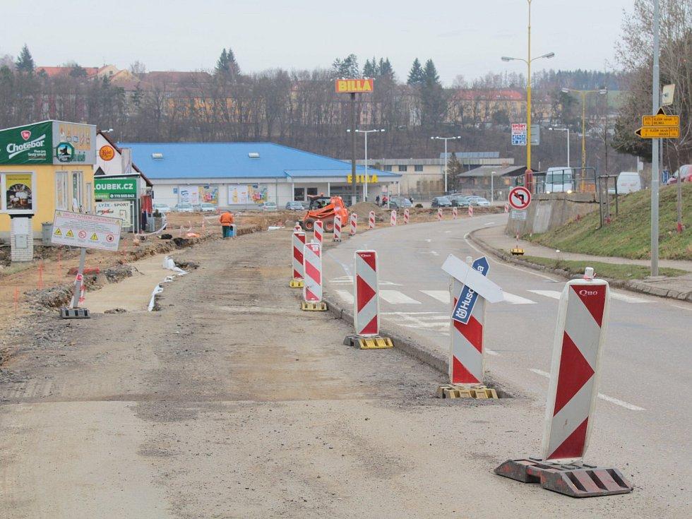 Vybudování vlašimské kruhové křižovatky U Kozla bude stát 28 milionů korun.