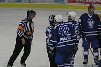 Zápas II. hokejové ligy Benešov - Kolín 5:3.