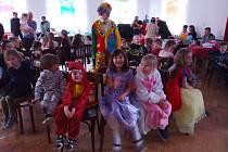Z dětského karnevalu v Kozmicích.