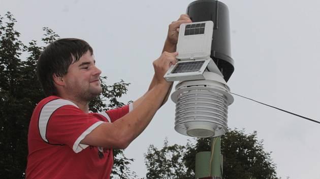 Ondřej Vacek má vlastní webové stránky, kde se lidé mohou dočíst, jaké bude počasí.