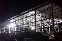 Stavba tělocvičny v Týnci.