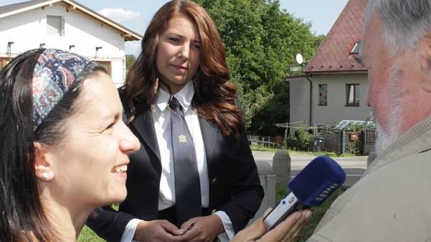 Kristýnu Hrodkovou a její kolegy z Vranova po návratu z Polska zpovídala redaktorka Českého rozhlasu - Region Věra Hájková.