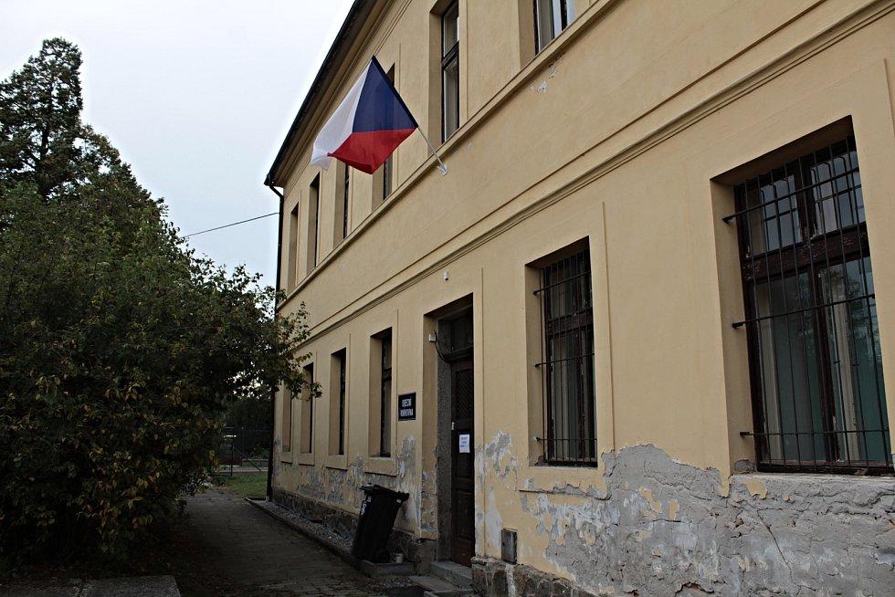 Volby do krajského zastupitelstva na Chlístově.