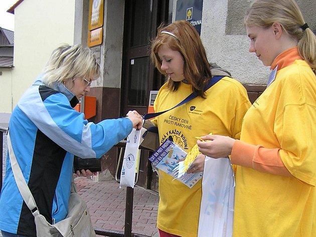 Studentky v ulicích Benešova.