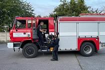 Z odjezdu středočeských hasičů z Říčan na pomoc lesními požáry zasaženému Řecku.