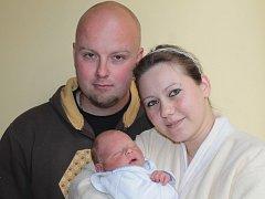Veronika Bartošová a Karel Pišna ze Sázavy se 12. května v 13.55 stali rodiči chlapečka Františka. Sestřičky v porodnici mu navážily 3,50 kg a naměřily 48 cm. Doma má čtyřletého brášku Karla.