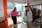Do benešovského DDM chodí za zábavou i vzděláváním děti a v době hlasování také voliči. Nově tam míří ke konzultacím kvůli problémovým dětem i rodiče.