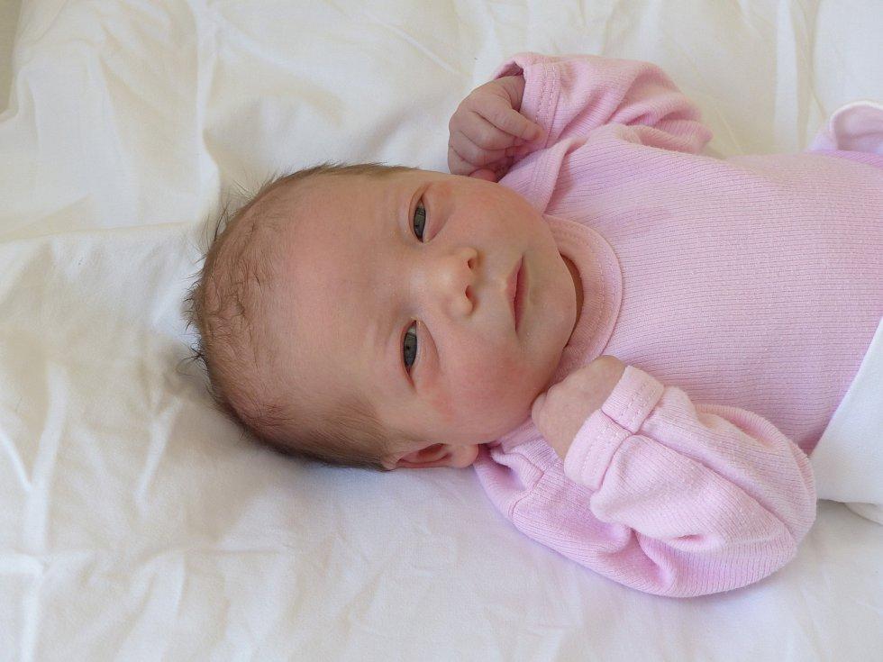 Golda Korčáková se narodila 24. února 2021 v kolínské porodnici, vážila 3010 g a měřila 48 cm. V Kolíně se z ní těší maminka Vítězslava a tatínek Miloš.