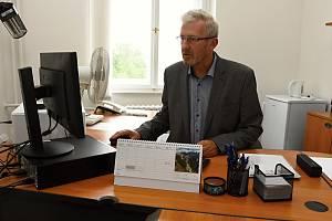 Novou funkci dostal někdejší místostarosta Benešova za ANO Jiří Švadlena. Byl jmenován krajským ombudsmanem: veřejným ochráncem práv občanů Středočeského kraje.