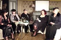 Představení Krysí dům v podání ochotníků ze souboru Voživot.
