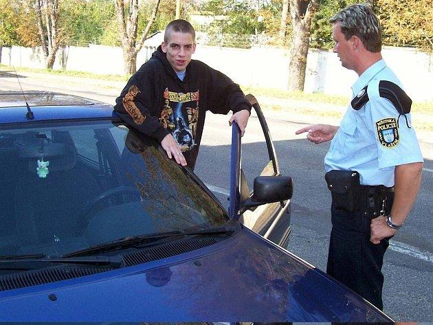 Vlašimský policista a motorista.