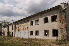 Táborská kasárna v Benešově. Do šrotu půjdou i prvky někdejšího skateparku v Dukelské ulici.