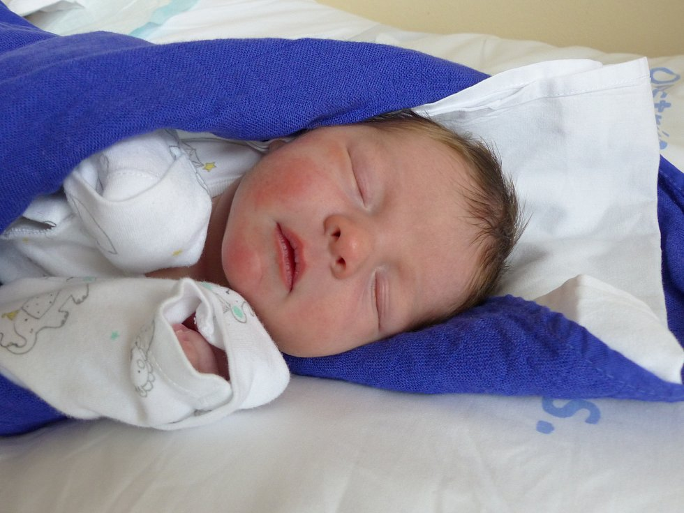 Jakub Hovorka se narodil 11. dubna 2021 v kolínské porodnici,  vážil 3770 g a měřil 53 cm. V Kolíně se z něj těší sestřička Nella Viktorie (3) a rodiče Nikola a Jiří.