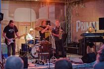 Koncert Romana Dragouna s doprovodnou skupinou His Angels.