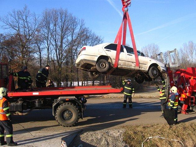 Vyprošťování havarovaného vozidla