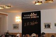 K poctě Jana Dismase Zelenky vystoupil v louňovickém zámku i Václav Hudeček.