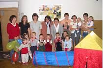 Fotomozaika z aktivit Mateřského centra Hvězdička.