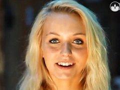 Markéta Járková z Heřmaniček soutěží o titul Miss hasička ČeskoSlovensko 2013.