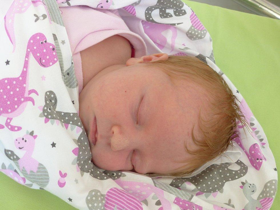 Johana Zajícová se narodila 30. dubna 2021 v kolínské porodnici, vážila 4165 g a měřila 53 cm. Do Poděbrad odjela s maminkou Kateřinou a tatínkem Janem.