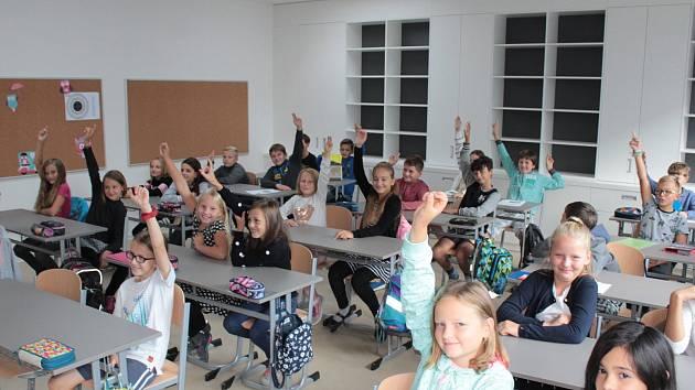 Zahájení nového školního roku 2018 - 2019 v Týnci se konalo v pondělí 10. září.