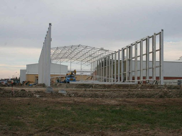 Pegas staví novou halu